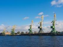 在Sankt-Peterburg港  库存图片