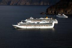 在santorini的巡航 免版税库存图片