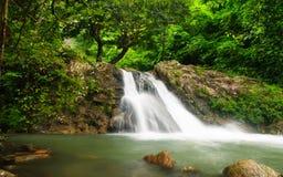 在sarika的瀑布 图库摄影