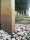 在satilla河的铁路桥梁 免版税图库摄影