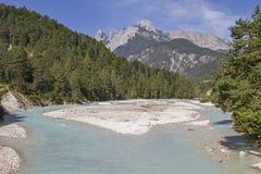在Scharnitz附近的伊萨尔河 库存照片