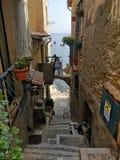 在Scilla,意大利的Chianalea小楼梯 免版税图库摄影