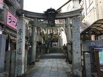 在Senkouji索道驻地, Onomichi,广岛,日本旁边的寺庙入口 库存图片