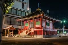 在Senso籍寺庙附近的小寺庙 免版税库存照片