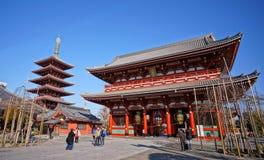 在Sensoji寺庙的Hozomon门 免版税库存照片