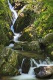 水在Shenandoah国家公园落 免版税库存图片