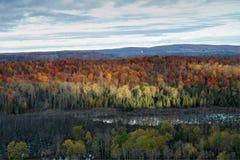 在Sherbrooke山的秋天  免版税库存照片