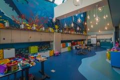 在Shriners儿童医院的现代和时髦的游戏室在蒙特利尔, QC 免版税库存照片