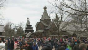 在Shrovetide狂欢节期间的Vitoslavlitsy村庄 影视素材