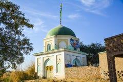 在Shumar Quaidabad - Khushab巴基斯坦附近的寺庙 库存照片