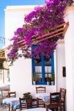 在Sifnos海岛上的传统希腊胡同 免版税库存照片