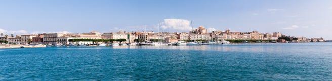 在Siracusa,意大利的海岸线 库存图片