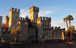 在Sirmione的Scaliger城堡 库存照片