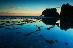 在siung海滩的日落,印度尼西亚 库存照片