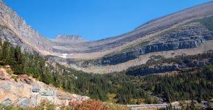 在SIYEH弯的冰河被雕刻的峡谷在冰川国家公园在蒙大拿美国 免版税库存照片