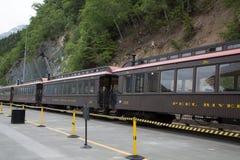 在Skagway附近的老有轨电车 库存图片
