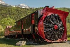 在Skagway,阿拉斯加的老吹雪机火车 免版税库存照片