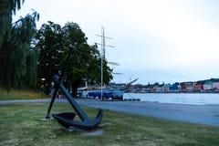 在Skeppsholmen桥梁的船锚 斯德哥尔摩 瑞典 免版税库存照片