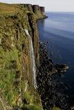 在Skye的苏格兰男用短裙岩石 库存图片