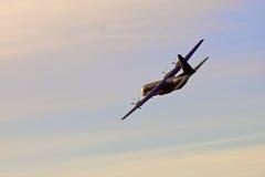 在skyes的军用飞机 免版税库存图片