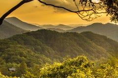 在Smokies阿巴拉契亚谷的日出  库存图片