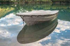 在Soca的小船 免版税库存照片
