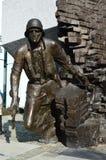 在Solider对华沙起义的细节纪念碑看法的面孔  库存图片