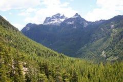 在Squamish,不列颠哥伦比亚省的激动人心的景色 免版税库存照片