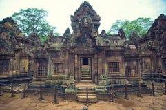 在srey视图里面的banteay柬埔寨 免版税库存图片