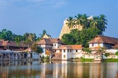 在Sri Padmanabhaswamy寺庙前面的帕德马纳巴普拉姆宫殿在特里凡德琅喀拉拉印度 免版税图库摄影