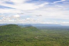在Srisaket省的山 免版税库存照片