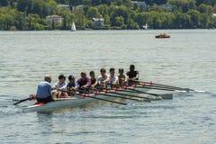 在Starnberger湖,德国的独木舟 免版税库存照片