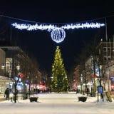 在Storgatan的圣诞节装饰在LuleÃ¥ 免版税库存照片