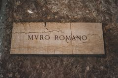 在studytrip期间,罗马偶象大厦射击了 免版税图库摄影