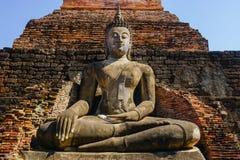 在sukhothai历史公园的古老菩萨雕象 图库摄影