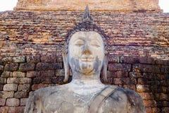 在sukhothai历史公园的古老菩萨雕象 库存照片