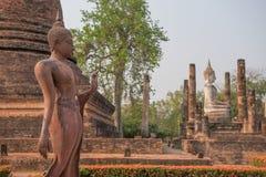 在Sukhothai历史公园,泰国的古老菩萨雕象 图库摄影