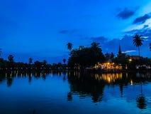 在Sukhothai,泰国的晚上 库存照片
