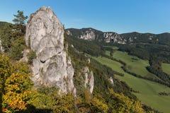 在Sulov山的岩层 免版税库存照片