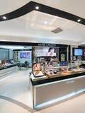 在Suria KLCC购物中心,吉隆坡的雅诗兰黛精品店 库存图片