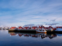 在Svolvaer港, Lofoten,挪威的渔船 免版税图库摄影