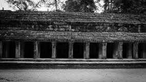 在Ta Prohm寺庙的画廊Buidling 免版税库存照片