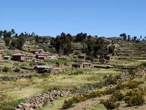 在Taquile海岛上的原史村庄 免版税库存图片