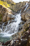 在Tatra山的Siklawa瀑布-波兰,欧洲。 免版税库存图片
