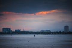 在Teluk Sisek的日落 库存照片