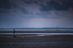 在Teluk Sisek的晚上 免版税图库摄影