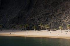 在Teresitas海滩,加那利群岛,西班牙的第一早晨光 免版税库存照片