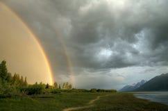 在Tetons的双重彩虹 库存照片