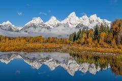 在Tetons的秋天反射 图库摄影