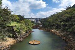 在Thenmala,喀拉拉的灌溉水坝 免版税库存照片